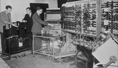 Alan Turing e seu sistema avançado de decodificação.